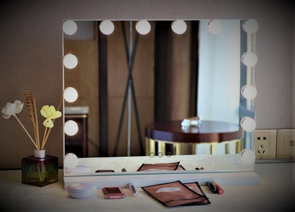 espejo bano bombillas luz led