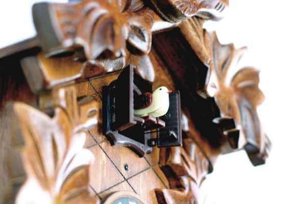 reloj cucu clásico antiguo decorativo