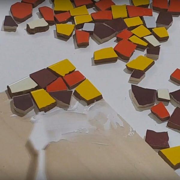 Trencadis mosaico manualidades niños familia casa
